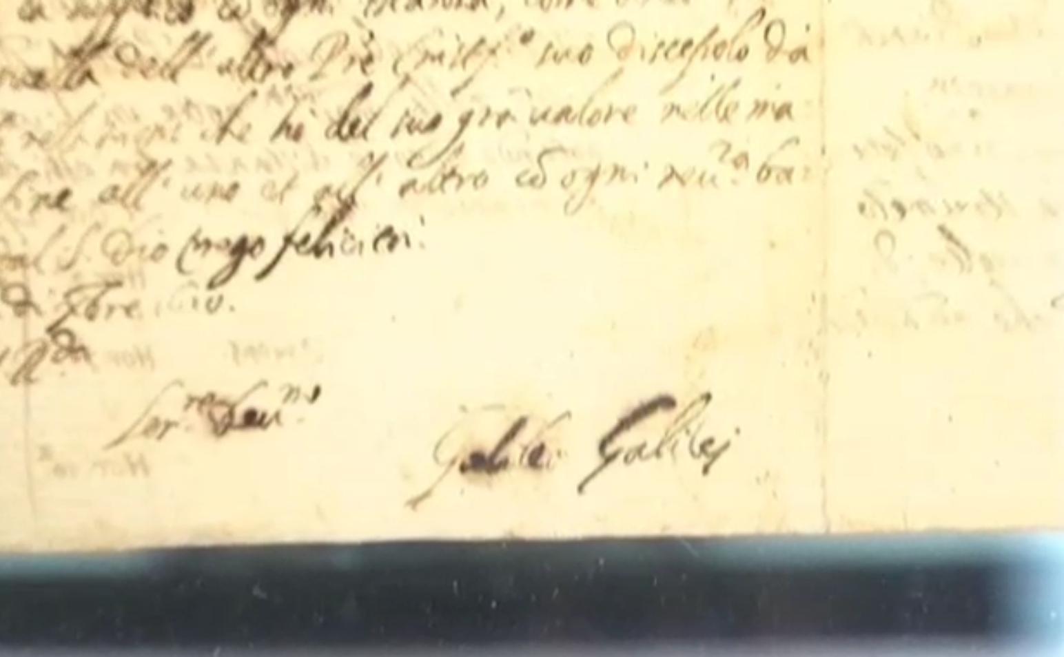 Roma, alla Galleria Sordi la lettera di Galileo Galilei del 1610